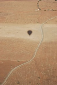The shadow of the balloon in the desert